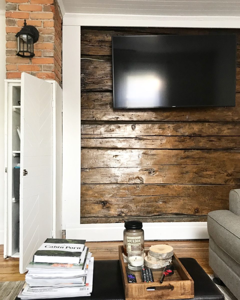 2 Foot Wood Accent Wall: Restoring Beauty To Weathered Wood
